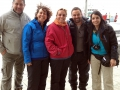 Equipe brasileira e chilena envolvida na pesquisa esperando para embarcar. Da esquerda para direita: Prof. Dr. Miguel Mansilla, Prof. Dra. Marcia Bicego, Dra Paula Baldassin, Dr. Max Werneck e Dra. Claudia Peña.